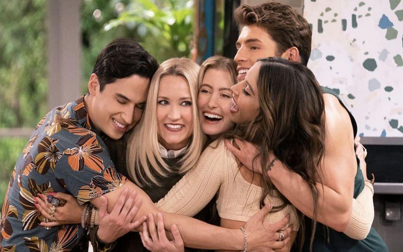 Pretty Smart Review 2021 Tv Show